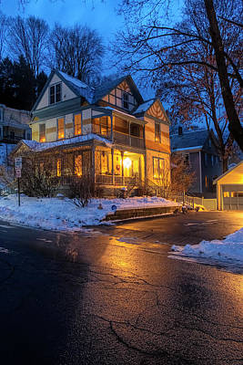 Photograph - Brattleboro Victorian by Tom Singleton