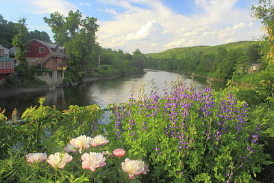 Shelburne Falls Photograph - Bridge Of Flowers Shelburne Falls by John Burk