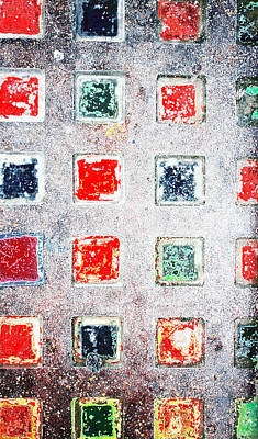 Quilt Art Photograph - Bright Grunge Abstract by Tom Gowanlock