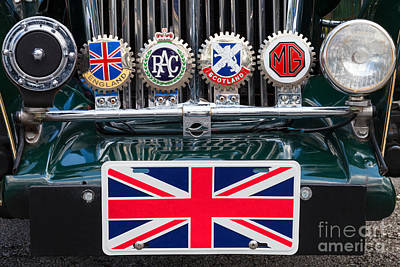 Photograph - British Pride by Diane Macdonald