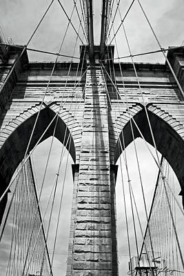 Black And White Photograph - Brooklyn Bridge by Alexander Mendoza