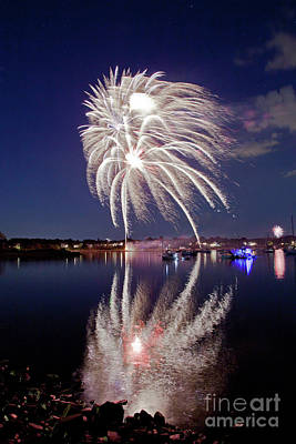Photograph - Bristol Fireworks #1 by Butch Lombardi
