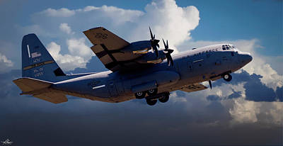 Photograph - C130 In The Pattern  by Phil Rispin