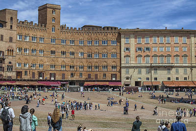 Photograph - Campo Square In Siena, Italy by Patricia Hofmeester