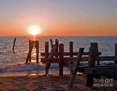 Photograph - Cape May Sunset by Robert Pilkington