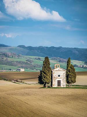 Photograph - Cappella Di Vitaleta Chapel by Michael Thomas
