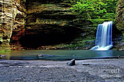 Photograph - Cascade Falls by Matthew Winn
