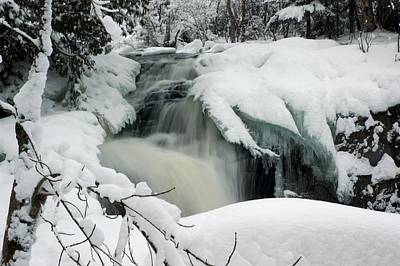 Photograph - Cattyman Falls In Winter by Larry Ricker