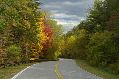 Cherohala Skyway In Autumn Color Art Print by Darrell Young