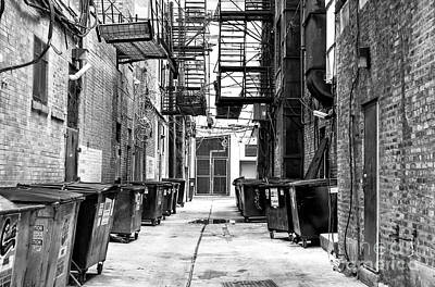 Photograph - Chicago Alley by John Rizzuto
