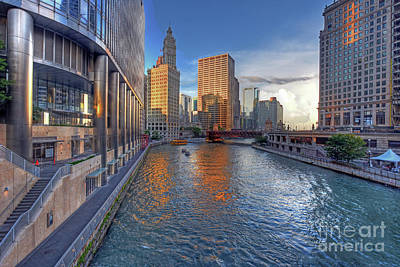 Chicago River Sunset By Kevin Oconnell - Kogalleries.com Art Print by Kevin Oconnell