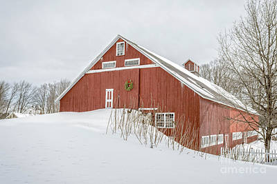 New England Dairy Farms Photograph - Christmas Barn by Edward Fielding