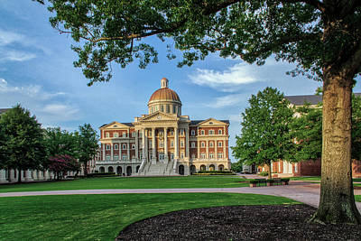Photograph - Christopher Newport Hall by Jerry Gammon