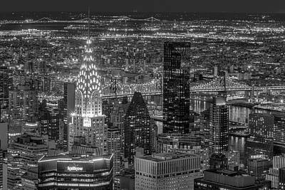 Photograph - Chrysler Building Nyc Twilight by Susan Candelario