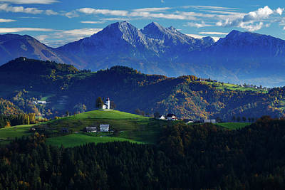 Photograph - Church Of Saint Thomas In The Skofja Loka Hills by Ian Middleton