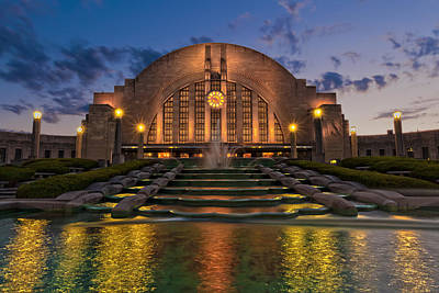 Photograph - Cincinnati Museum Center At Twilight by Keith Allen