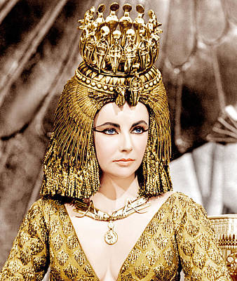 Gold Dress Photograph - Cleopatra, Elizabeth Taylor, 1963 by Everett