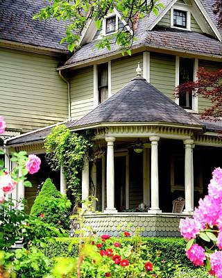 Photograph - Covered Porch by Jerry Sodorff