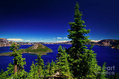 Photograph - Crater Lake And Wizard Island by Bruce Block