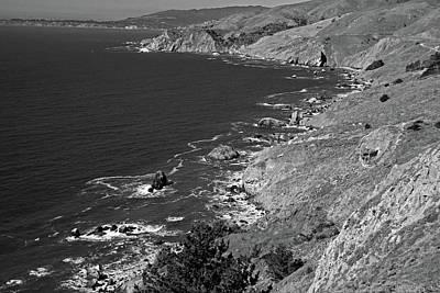 Black White Photograph - Cruisin The Coast by Michiale Schneider