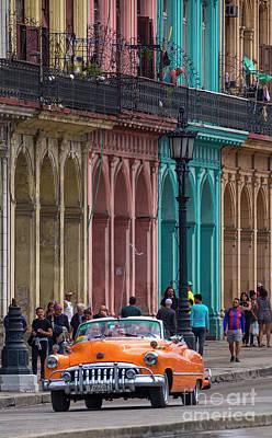 Photograph - Cuba 002 by Bernardo Galmarini