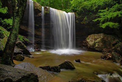 Photograph - Cucumber Falls by Ronald Santini