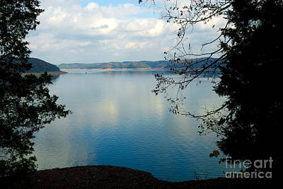 Cumberland Lake Art Print by Anne Kitzman