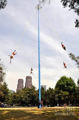 Photograph - Danza De Los Voladores 2 by Andrew Dinh
