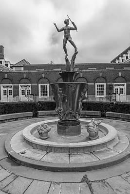 Photograph - Diana Fountain University Of Illinois by John McGraw