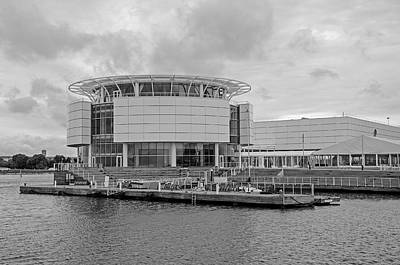 Photograph - Discovery World by Susan McMenamin