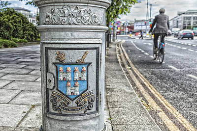 Photograph - Dublin Lamp Post by Jim Orr