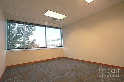 Photograph - Empty Office by Richard Lynch