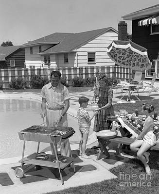 Family Cooking Out, C.1950s Art Print by H. Armstrong Roberts/ClassicStock