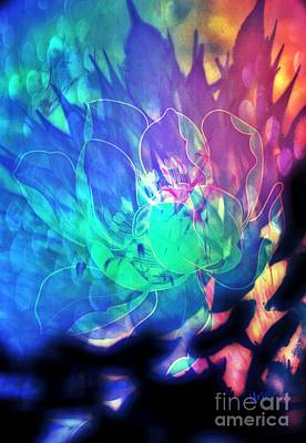 Digital Art - Floral Abstract 17-01 by Maria Urso
