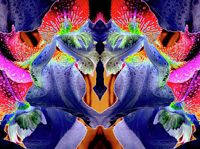 Photograph - Flower Alien - 0335-f by Paul W Faust - Impressions of Light