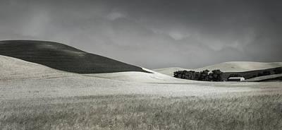 Photograph - Flowing Farmland by Don Schwartz