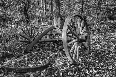 Wagon Wheels Photograph - Forgotten Wagon by Tom Mc Nemar
