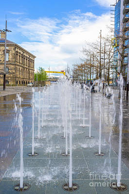 Photograph - Fountains, Queens Square, Belfast by Jim Orr