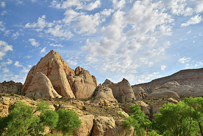 Photograph - Fremont River Buttes Along Scenic Byway 24 by Ray Mathis