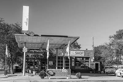 Photograph - Gas Station On Route 66 by John McGraw