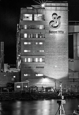 Photograph - General Mills by Don Nieman