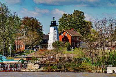 Photograph - Genesee Lighthouse by William Norton