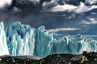 Photograph - Glaciar 1 by Ryan Weddle