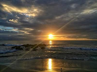 Photograph - Glowing Sun by Juan Montalvo