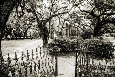 Photograph - Grace Episcopal Church - St. Francisville by Scott Pellegrin