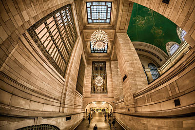 Photograph - Grand Central Terminal Underpass by Rafael Quirindongo