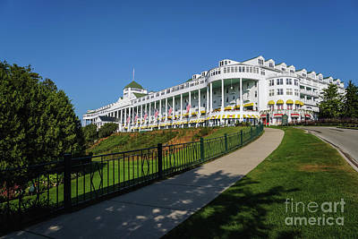 Photograph - Grand Hotel Mackinac Island by Rachel Cohen