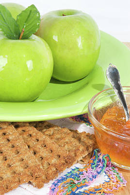 Photograph - Granny Smith Apples With Graham Crackers And Jelly by Vizual Studio