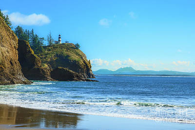 Cape Disappointment Photograph - Great View by Robert Bales