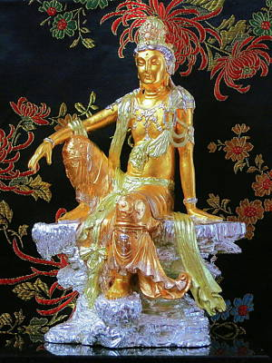 Sculpture - Guanyin by Martin Walker-Watson Gilding Arts Studio